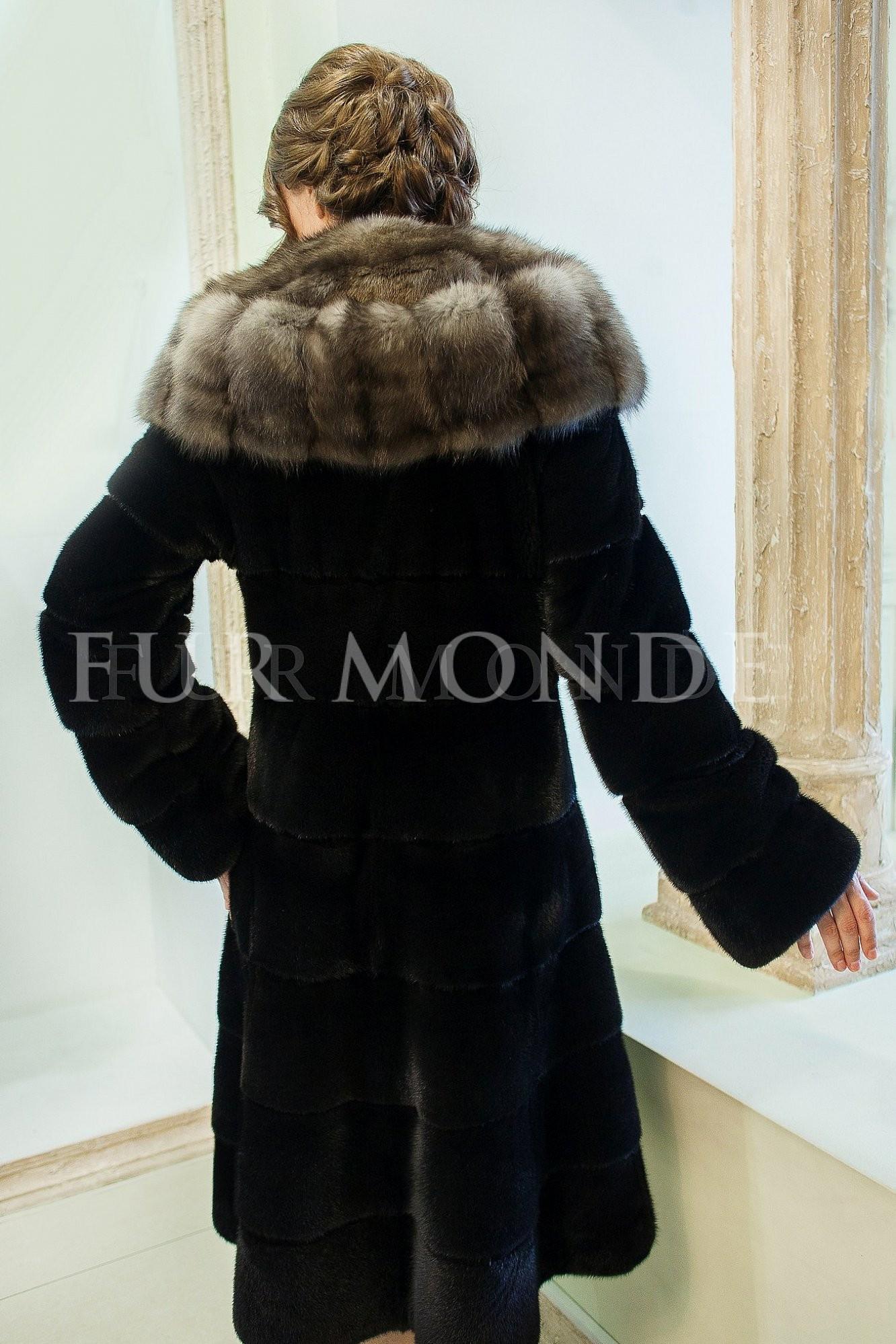 Норковая шуба Black NAFA с капюшоном из соболя 19LX