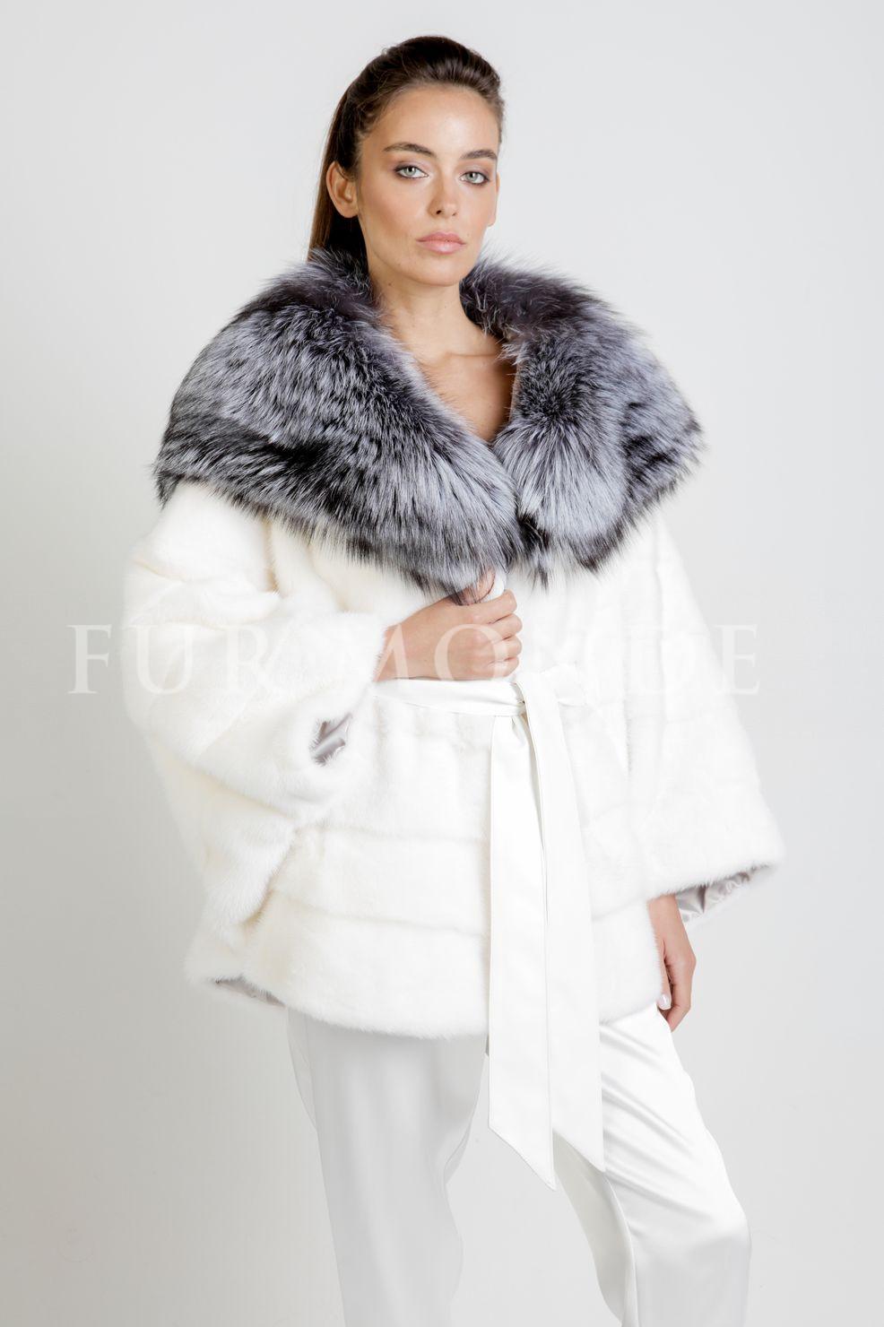 Норковая шуба летучая мышь с капюшоном из чернобурки 6010