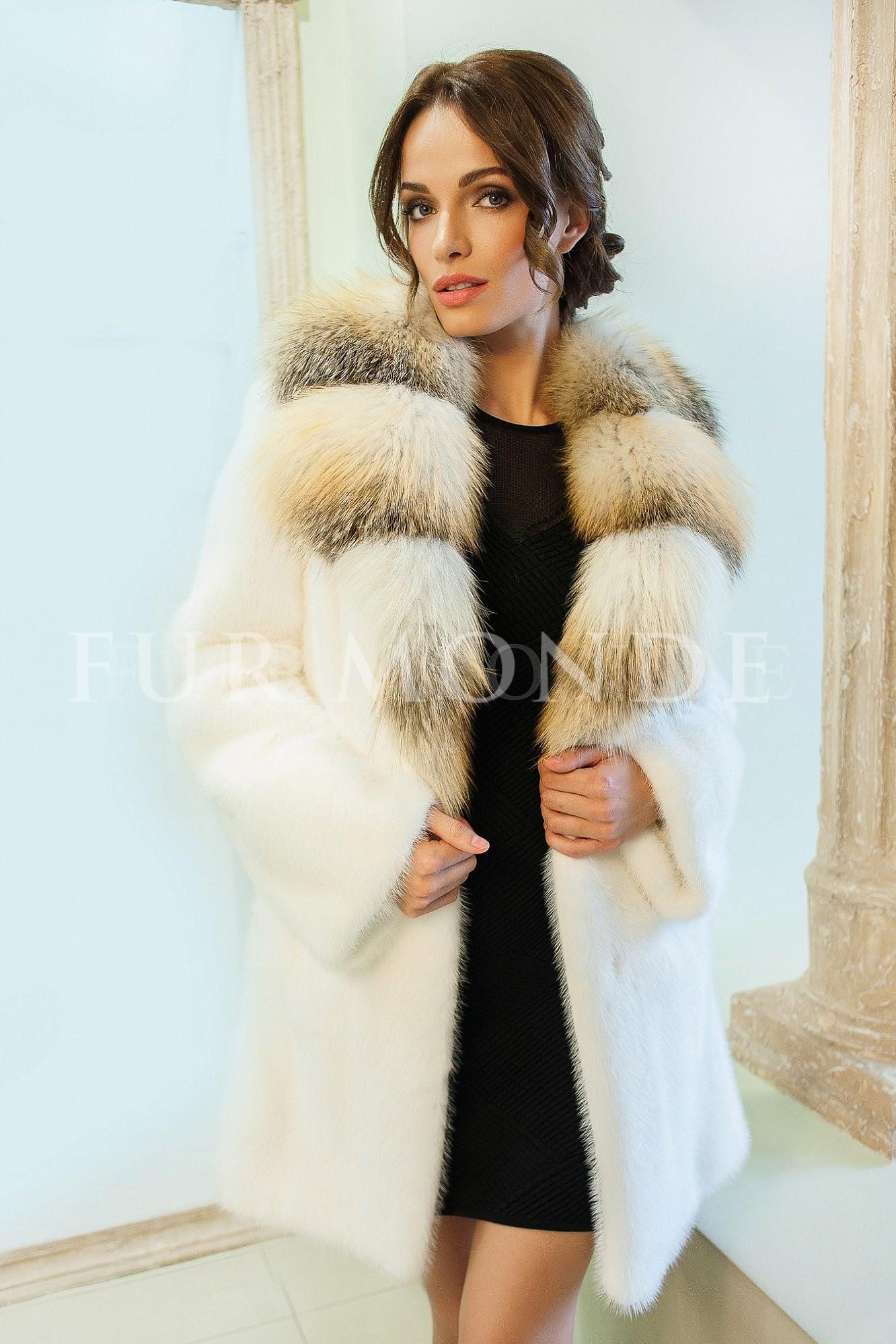 Норковая шуба 90 см SAGA furs с воротником из лисы 12821