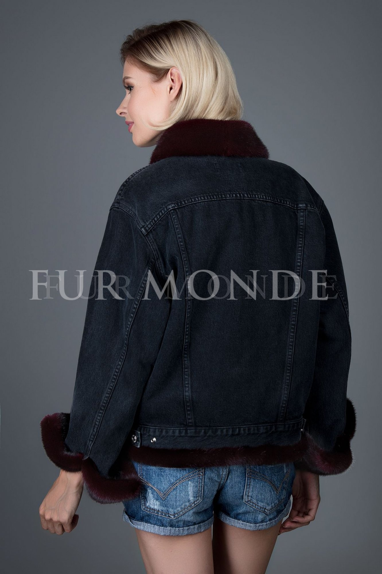 Джинсовая куртка с мехом норки 338078