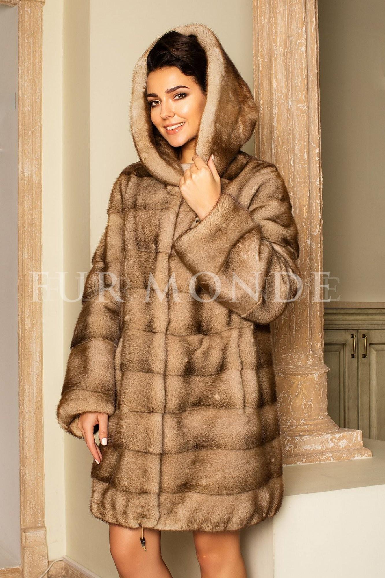 Норковая шуба 90 см с капюшоном мех Saga Furs 13854